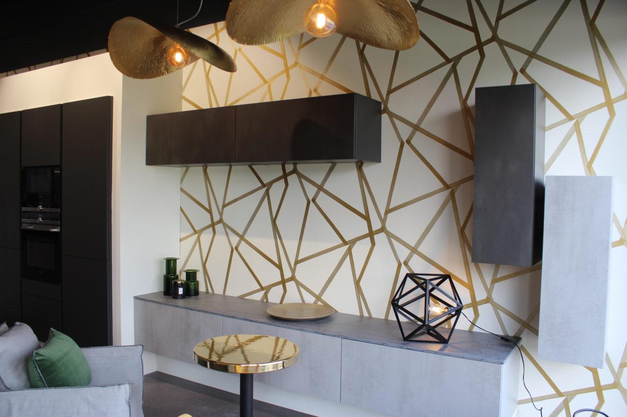 d coratrice cuisiniste un joli show room st alban couleurs et nuances. Black Bedroom Furniture Sets. Home Design Ideas